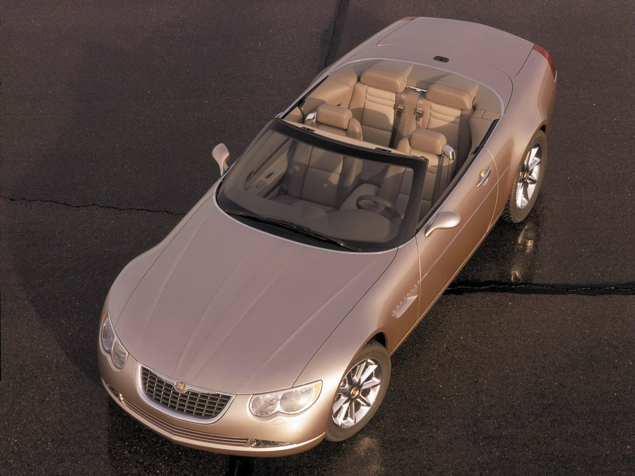 2000 Chrysler 300C concept 4