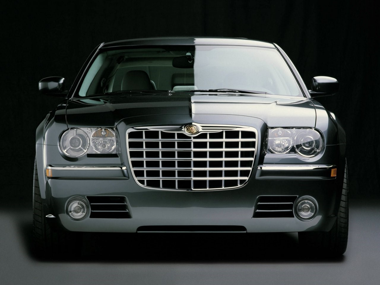 2003 Chrysler 300C concept 1
