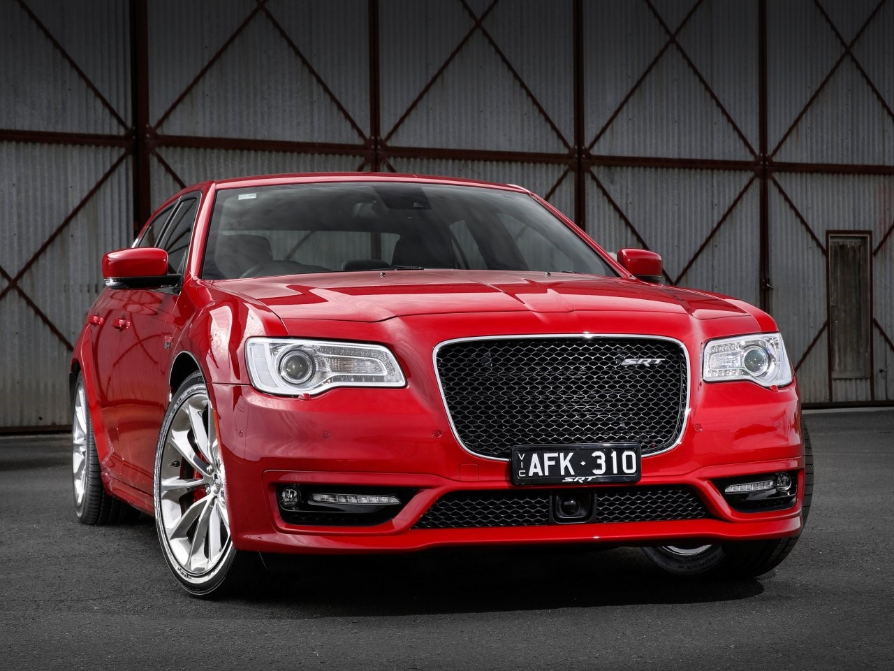2015 Chrysler 300 SRT 1