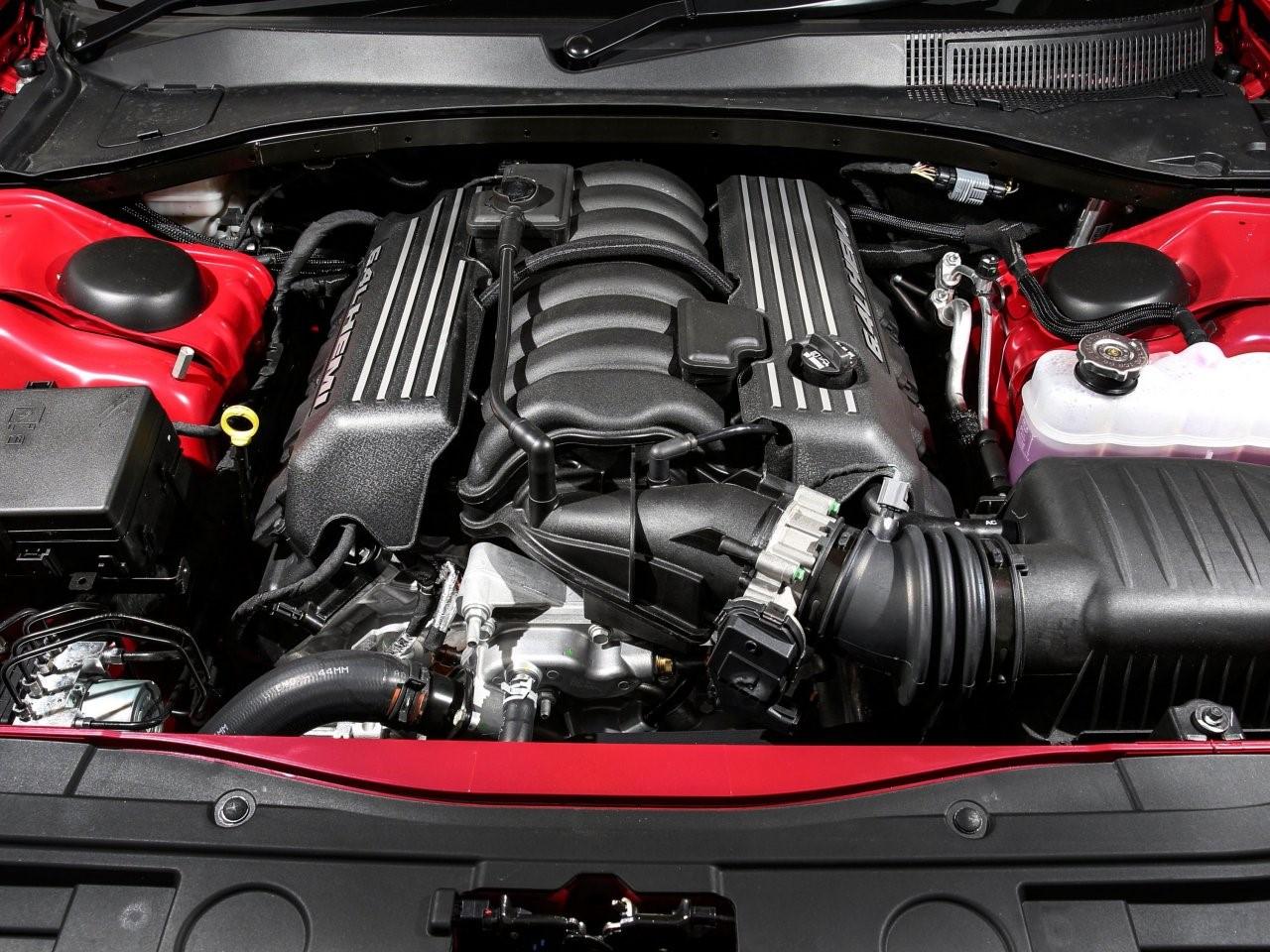 2015 Chrysler 300 SRT 2
