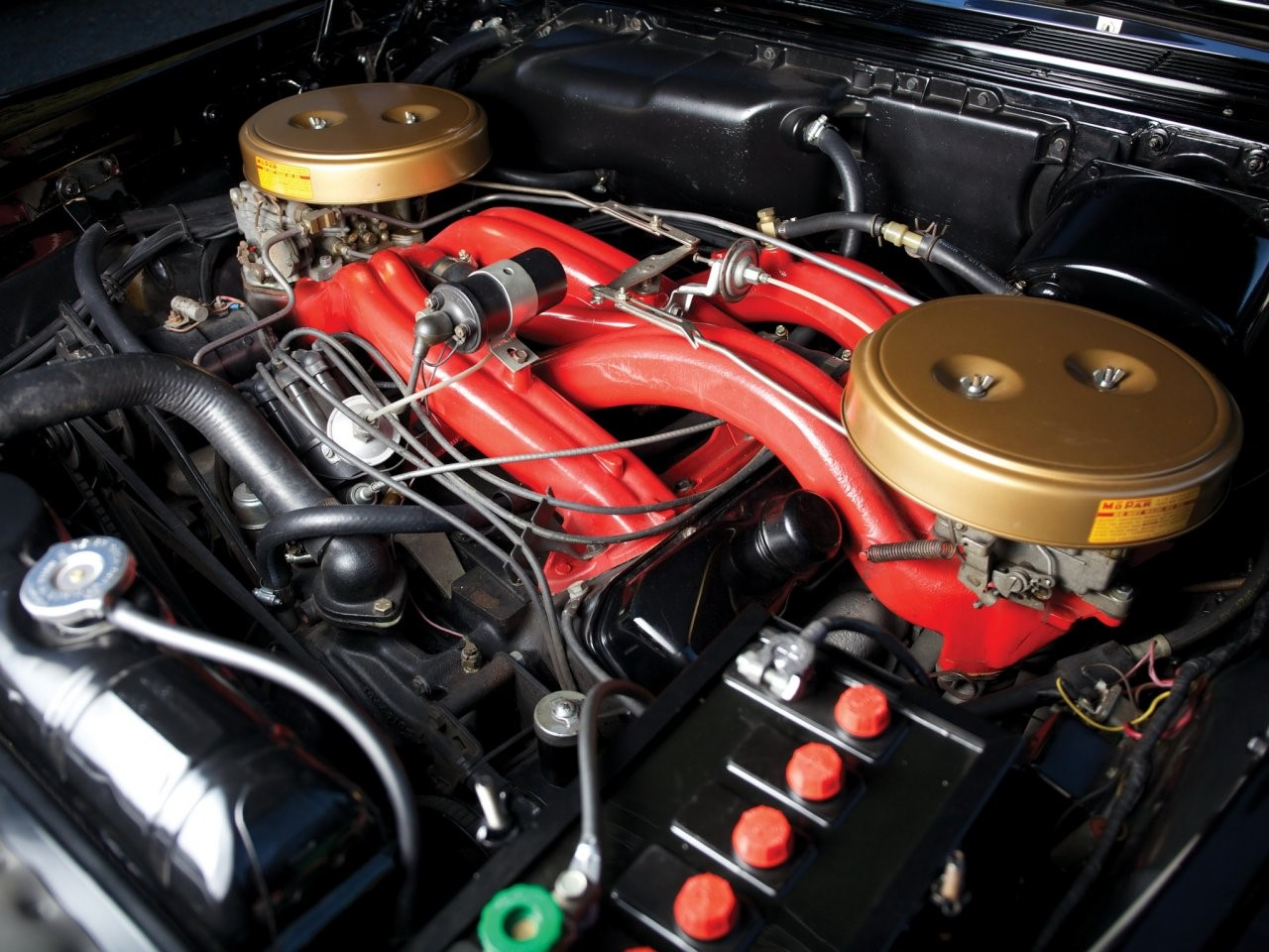 6.8 litre Wedge-head V8 5