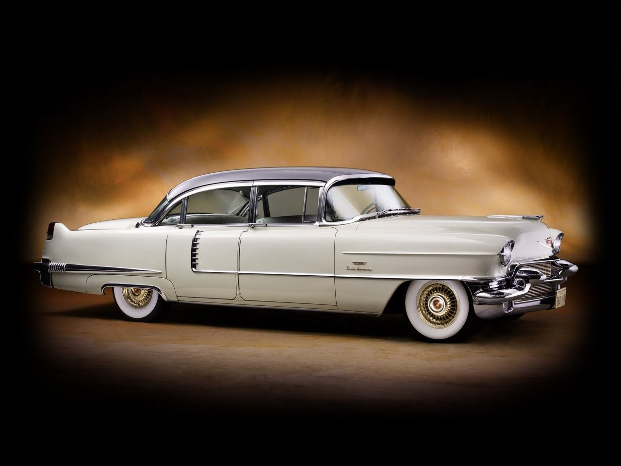 1956 Fleetwood Series Sixty-Special 5