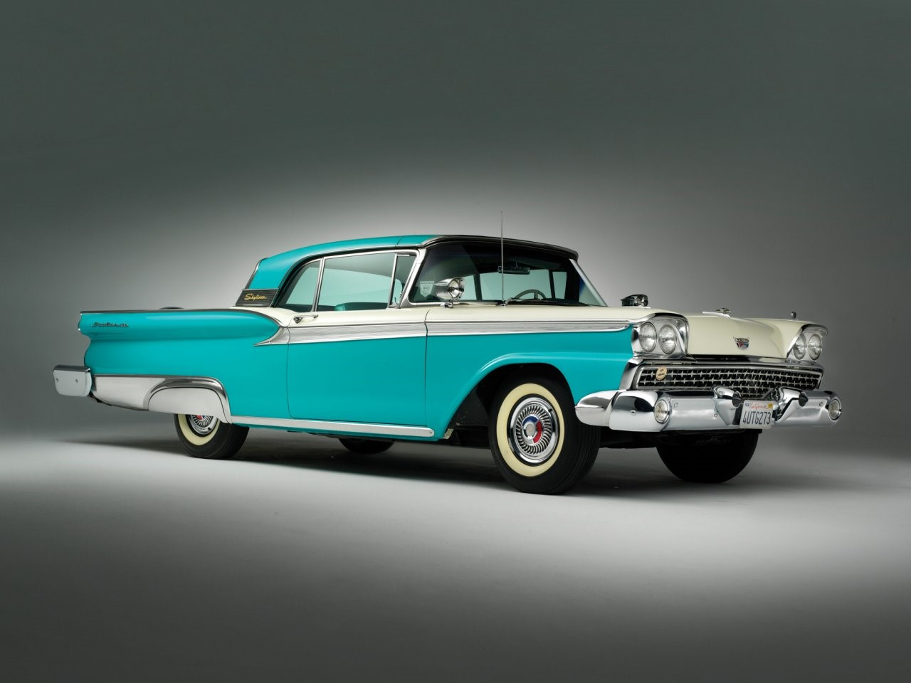 1959 Ford Fairlane 500 Skyliner 2