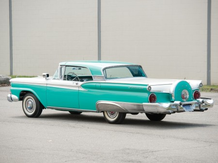 1959 Ford Fairlane 500 Skyliner 3