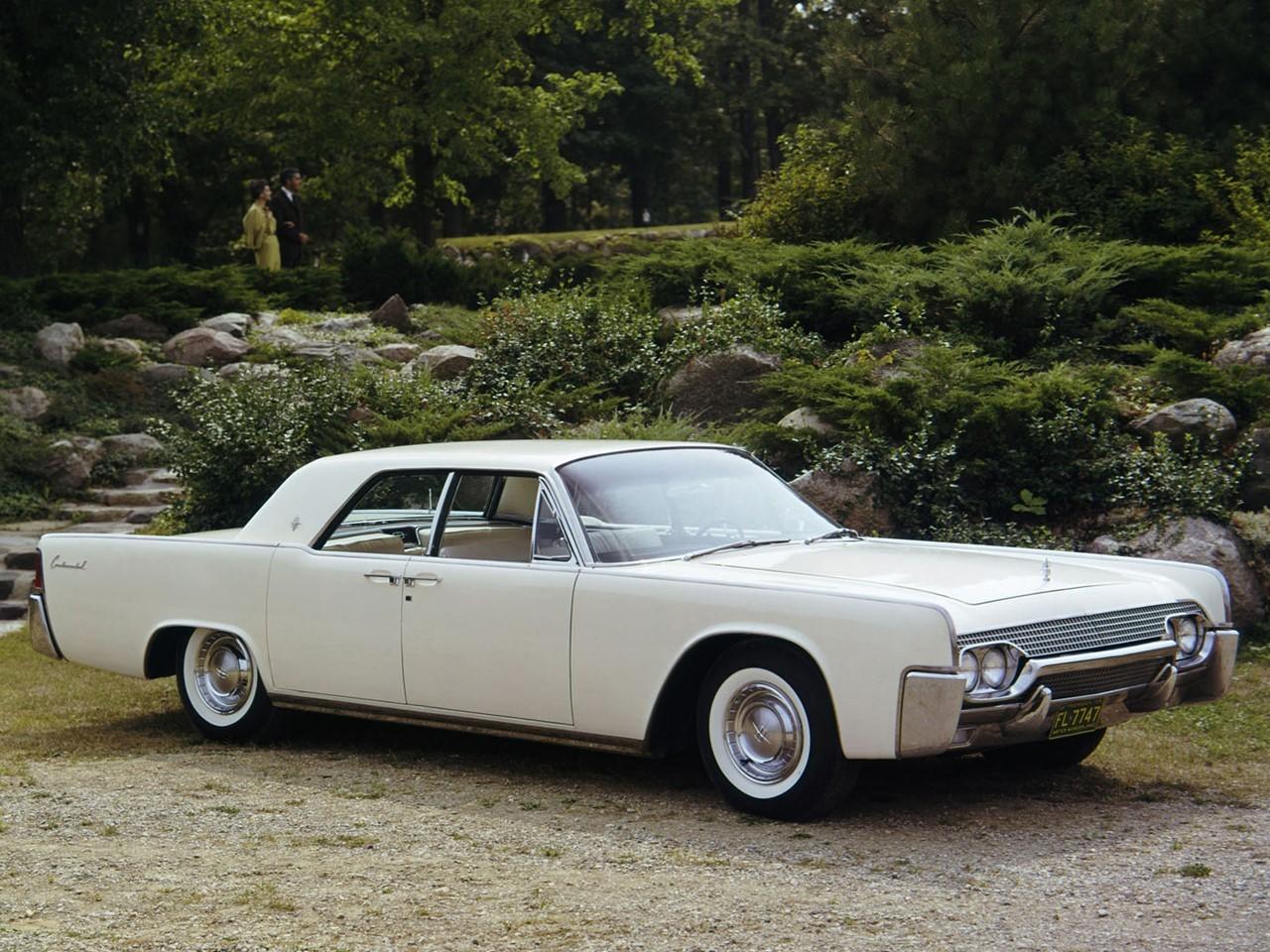 1961 Lincoln Continental 1