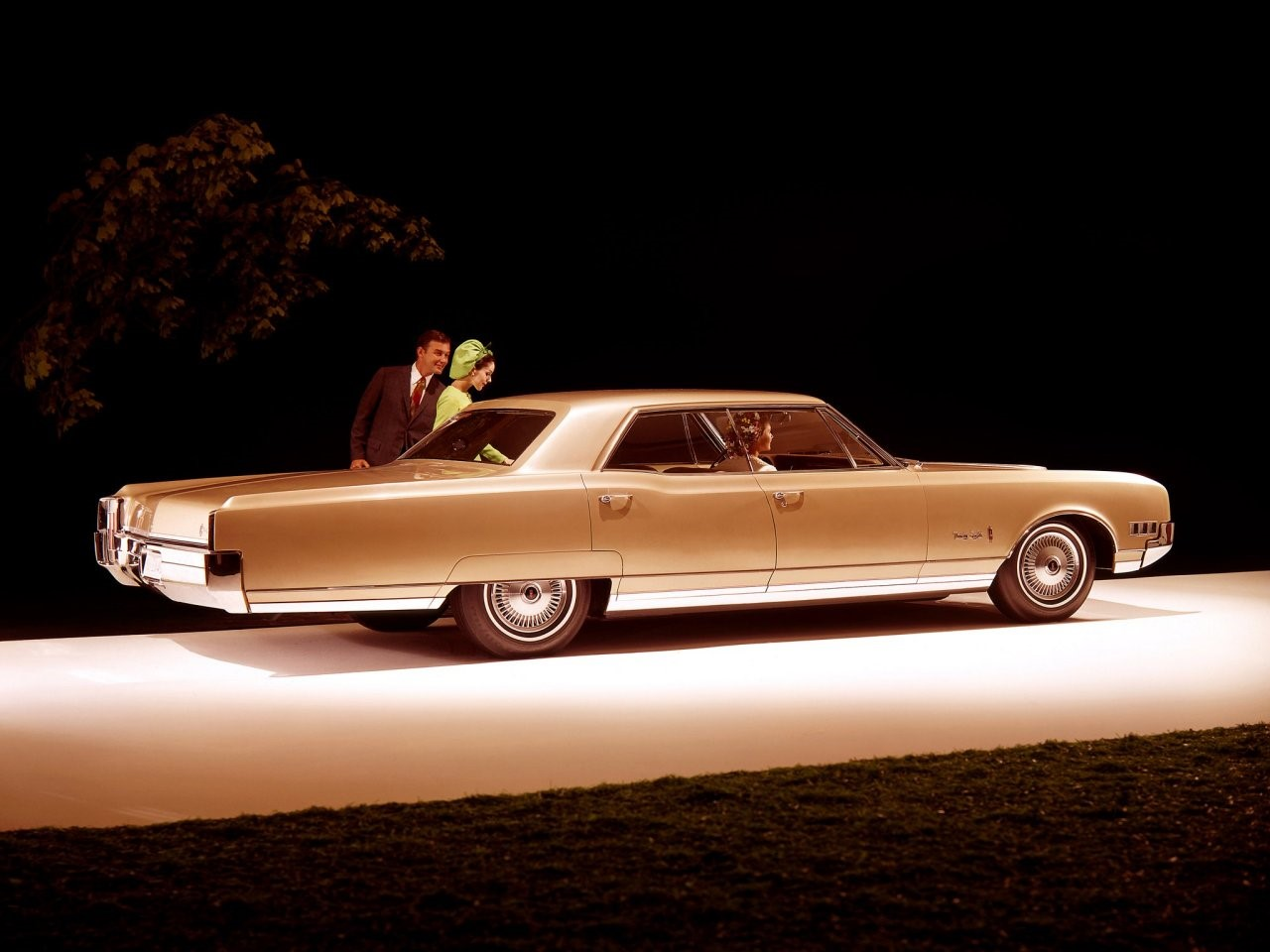 1966 Olds 98 Holiday Sedan