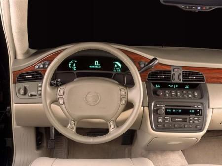2002 Cadillac DeVille 3