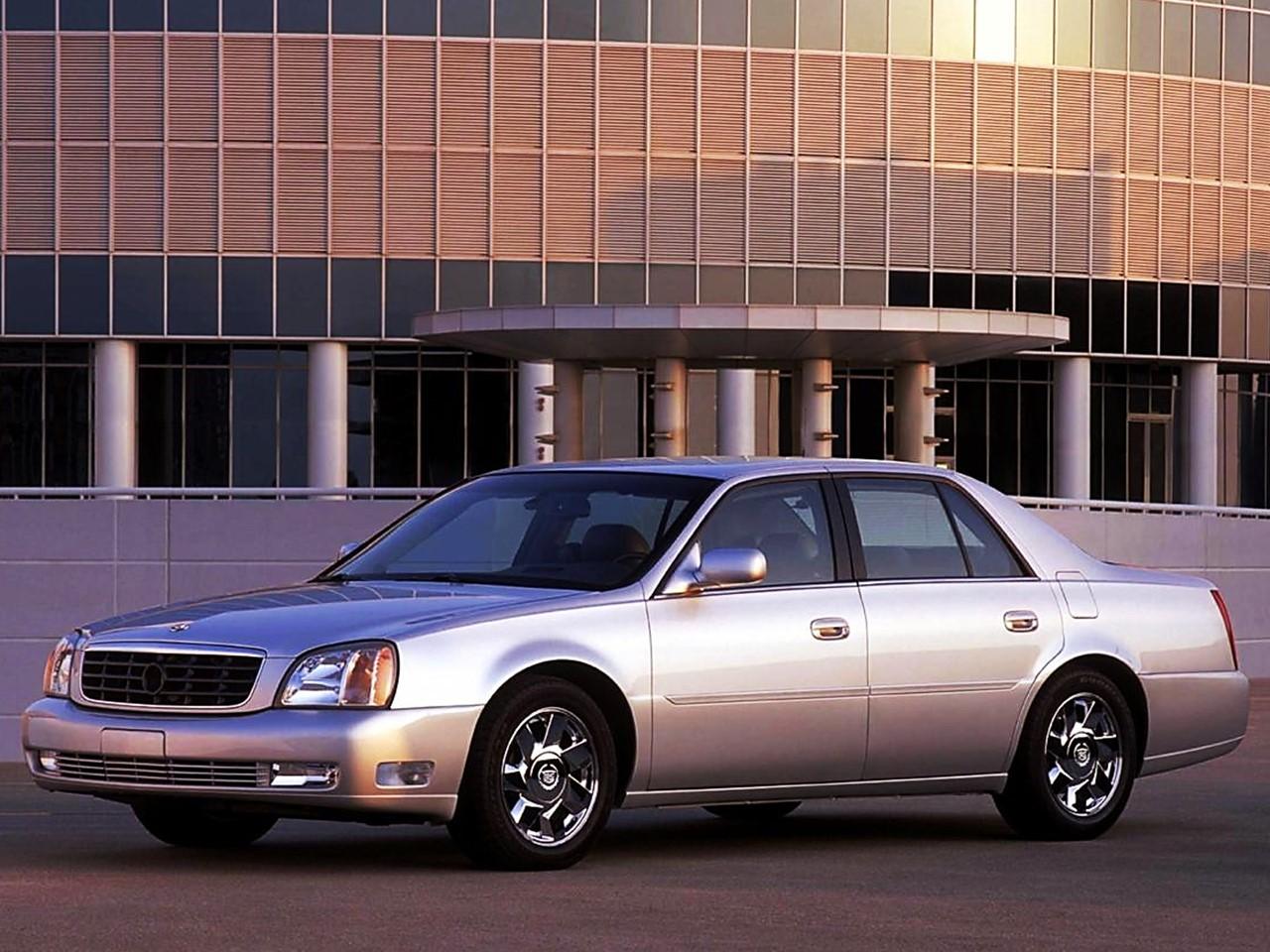 2002 Cadillac DTS 1