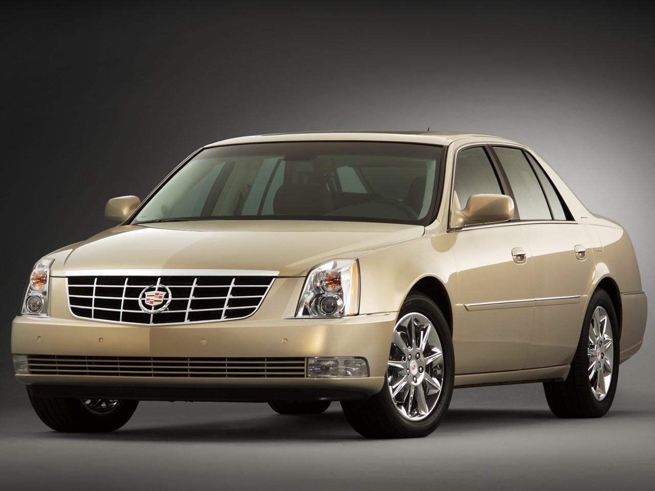 2011 Cadillac DTS 1