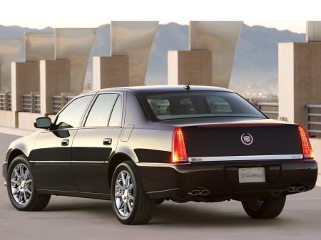 2011 Cadillac DTS 4
