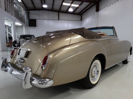 1962 Silver Cloud II HJ Mulliner 3