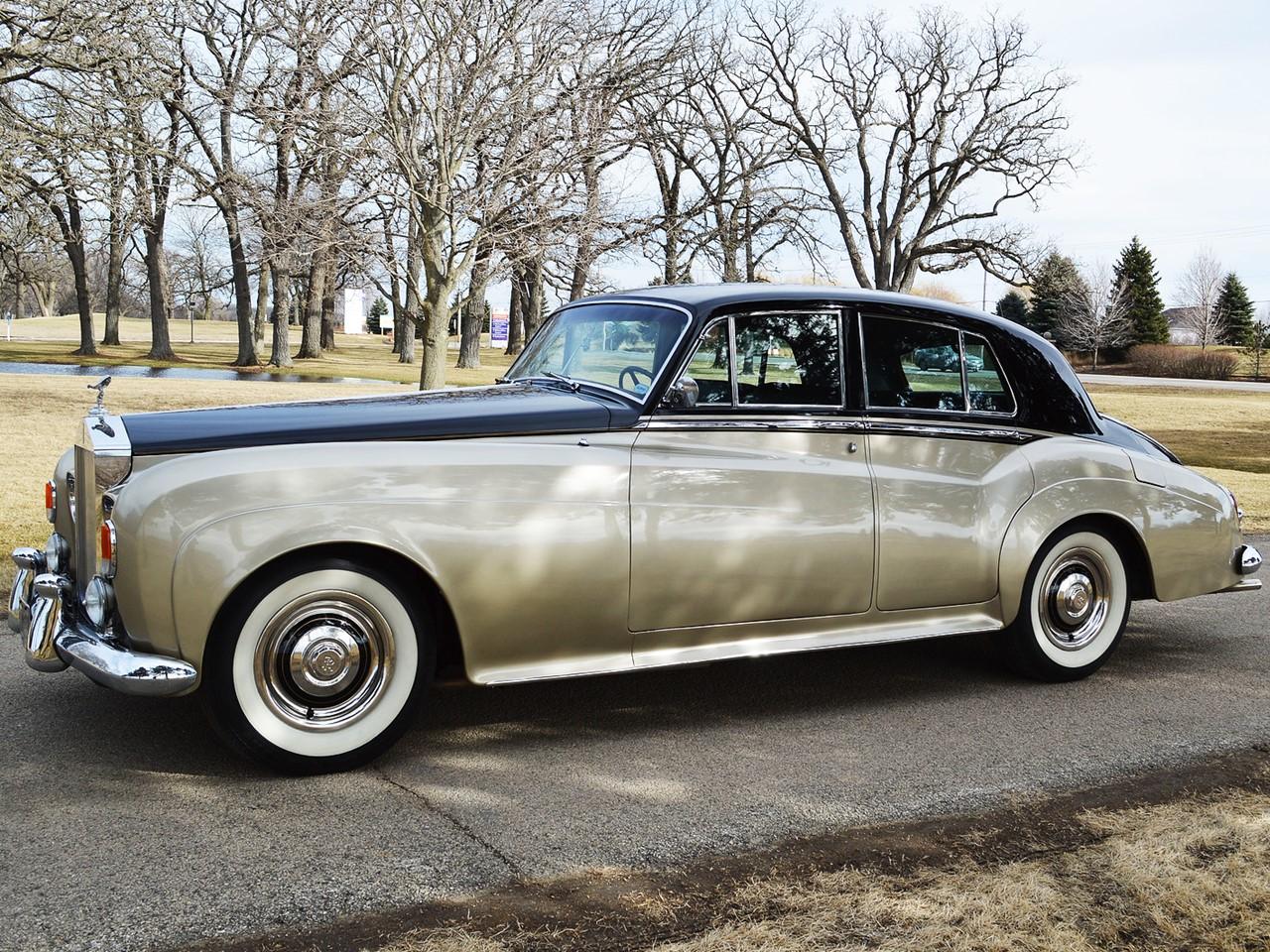 1963 Silver Cloud III 32