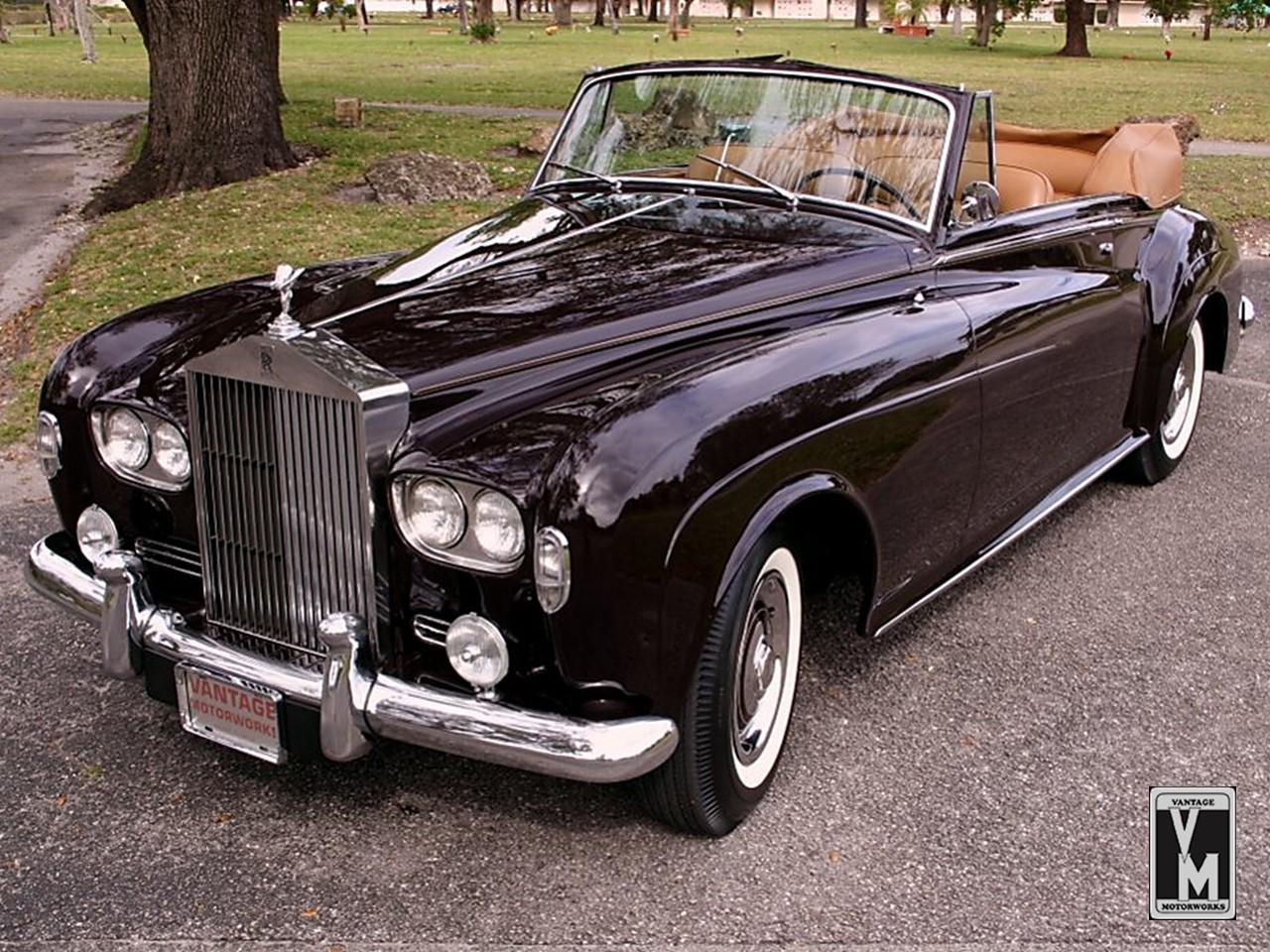 1964 Silver Cloud III HJ Mulliner 1