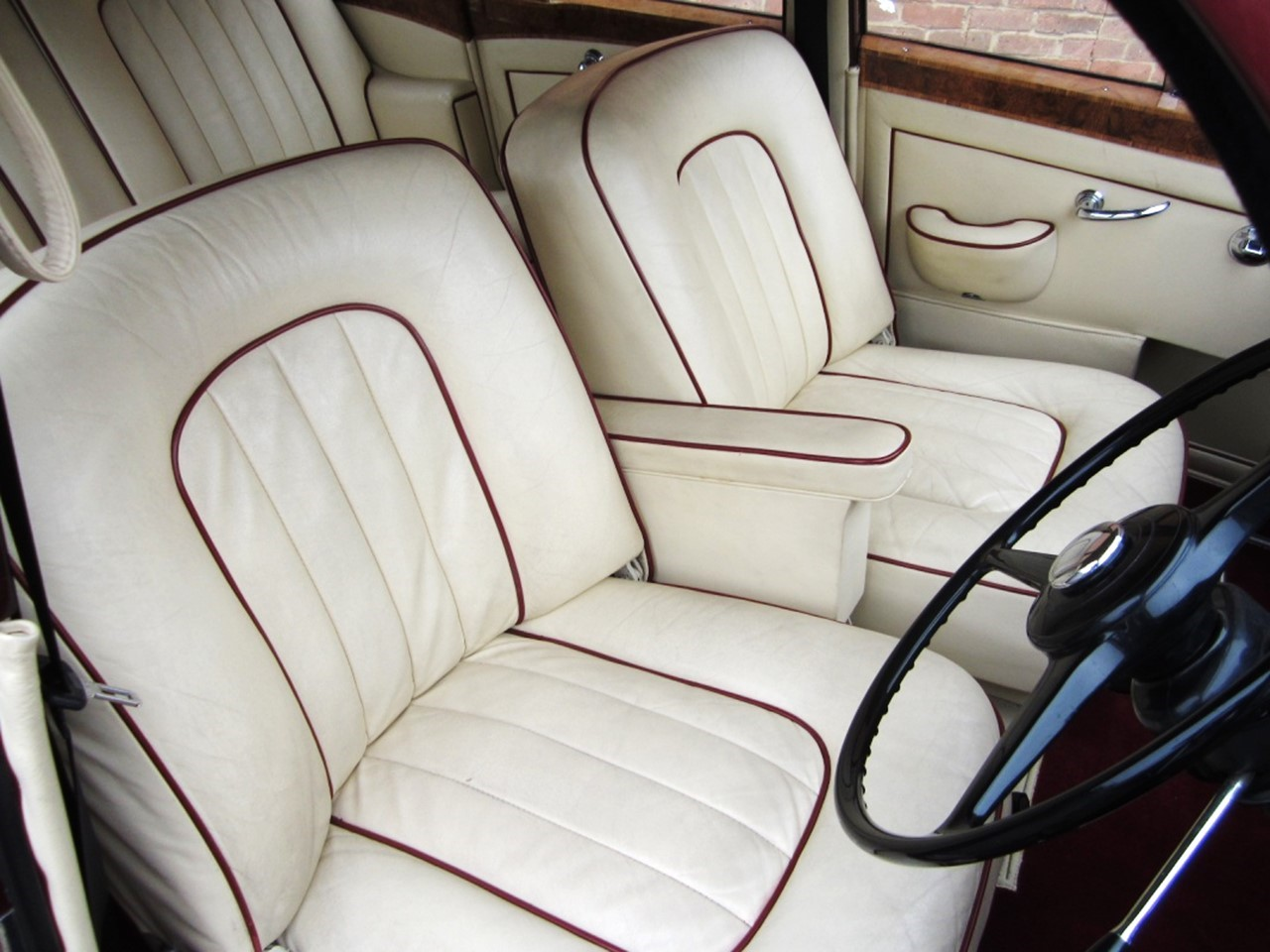 1965 Silver Cloud III Mulliner Flying Spur 4
