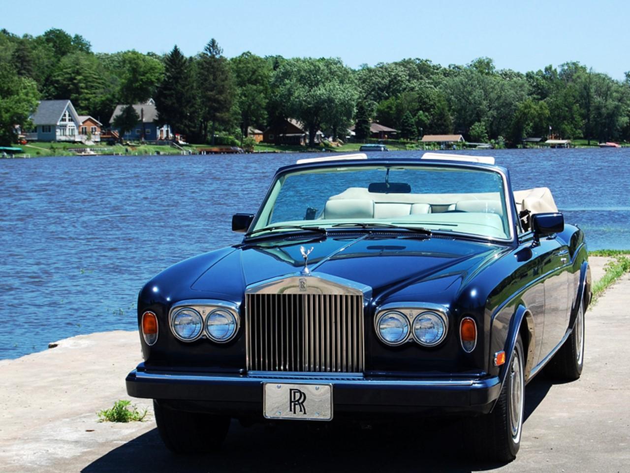 Rolls Royce Corniche Coachbuilt B
