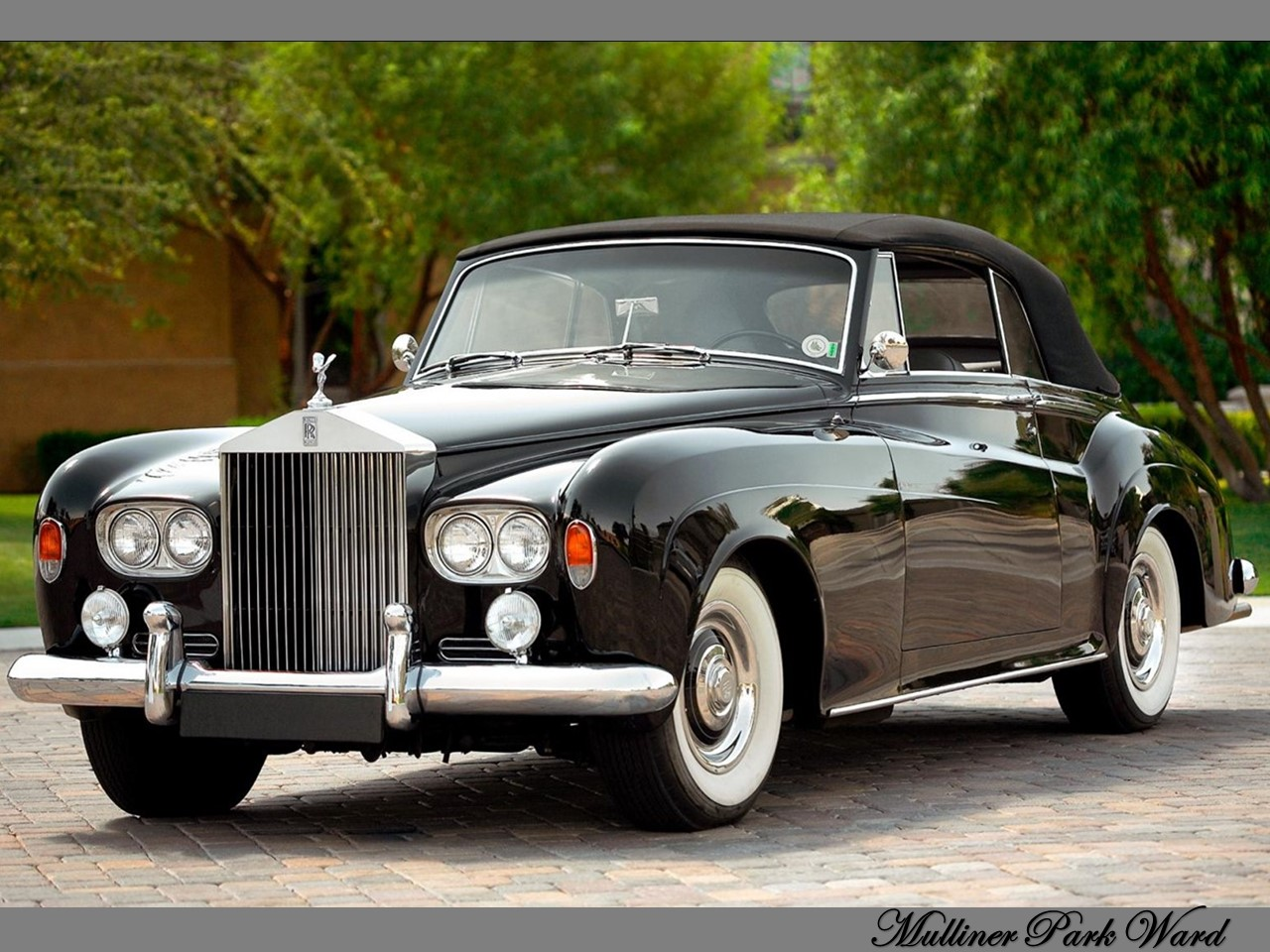 Silver Cloud Series III Mulliner Park Ward 2