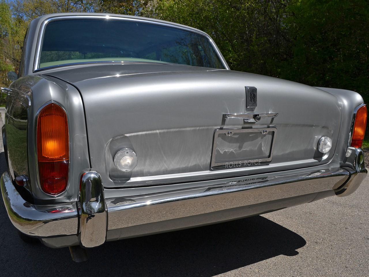 1969 Silver Shadow 24