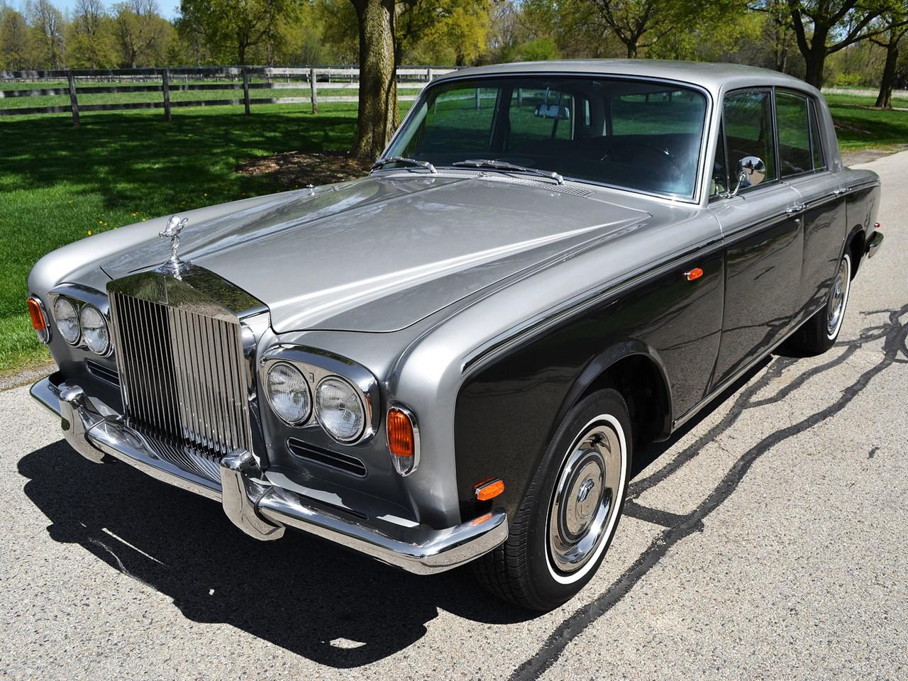 1969 Silver Shadow 26
