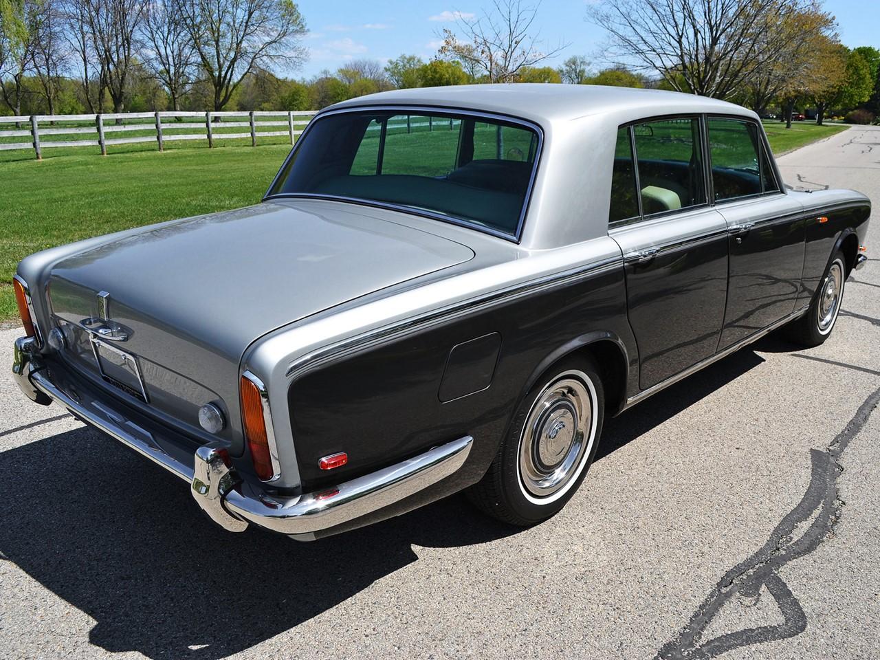 1969 Silver Shadow 27
