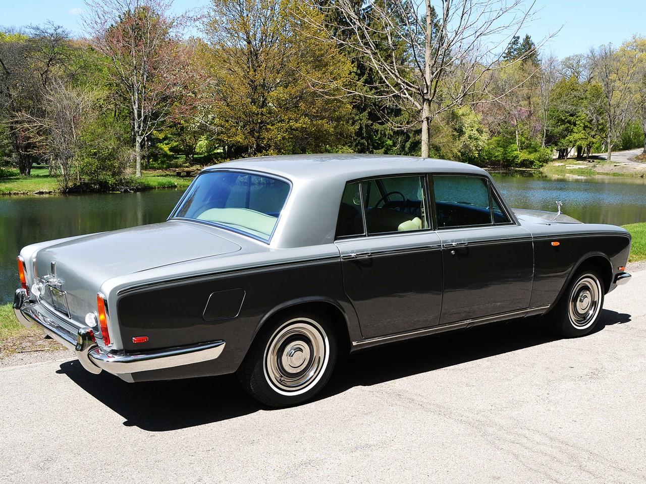 1969 Silver Shadow 31
