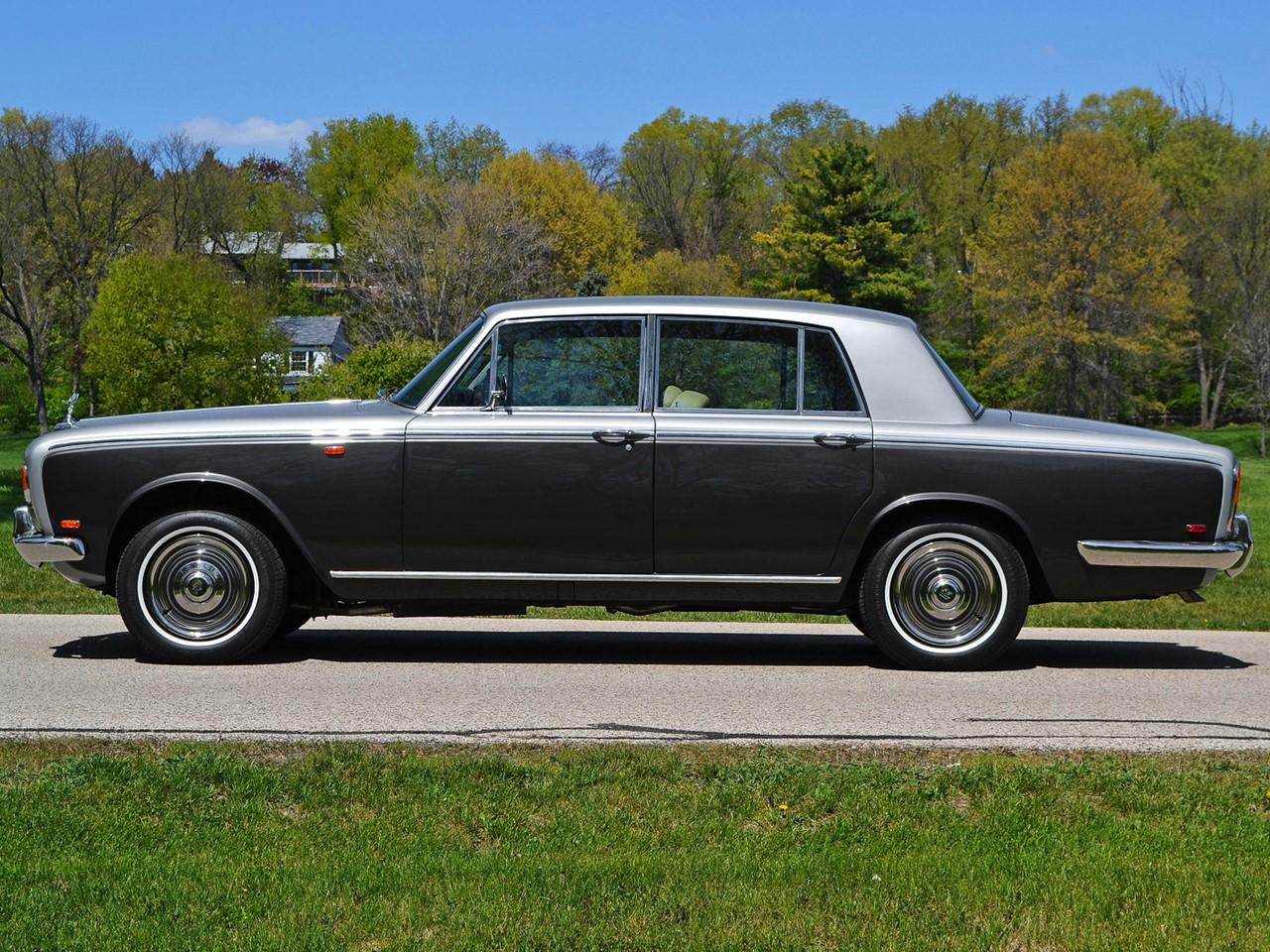 1969 Silver Shadow 33