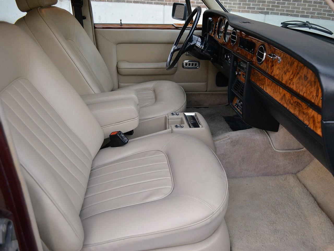 1981 Silver Spirit 5