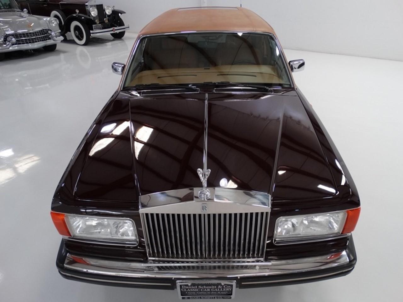 1986 Silver Spur factory limousine 14