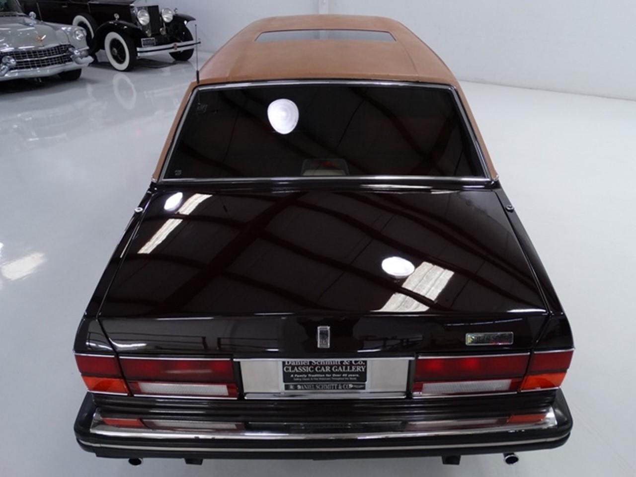 1986 Silver Spur factory limousine 15
