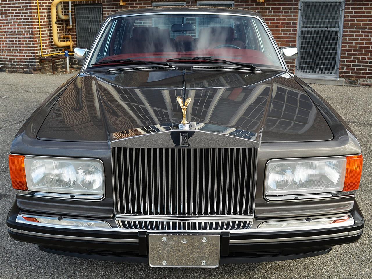 1987 Silver Spirit 1