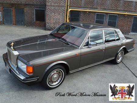 1987 Silver Spirit 18