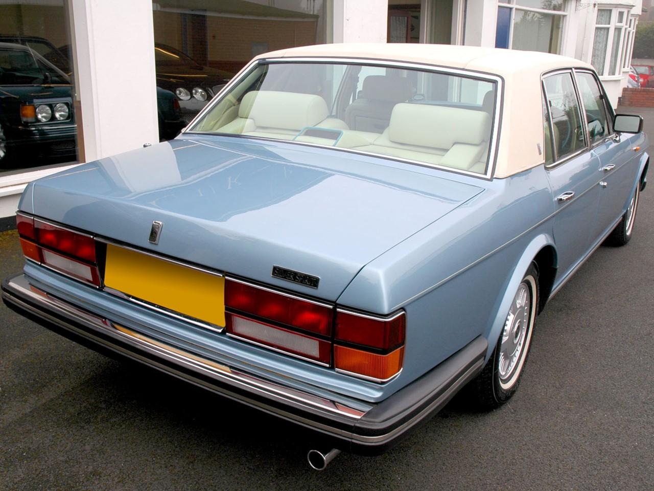1989 Silver Spirit 5