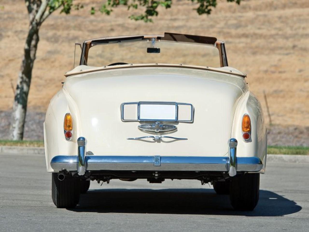 1959 Silver Cloud II Mulliner Drophead 8
