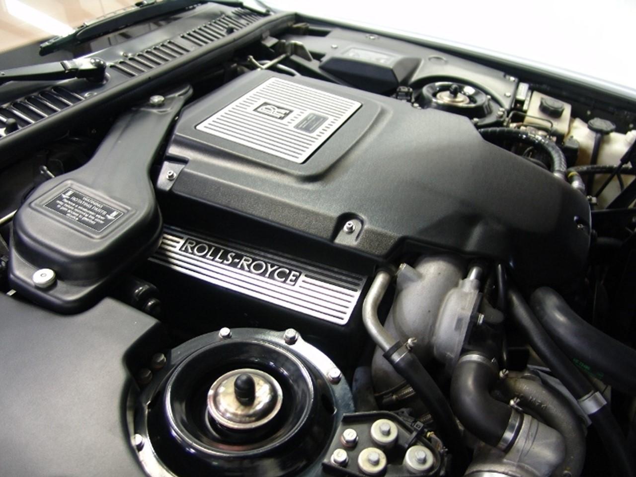 6.75 litre V8 2