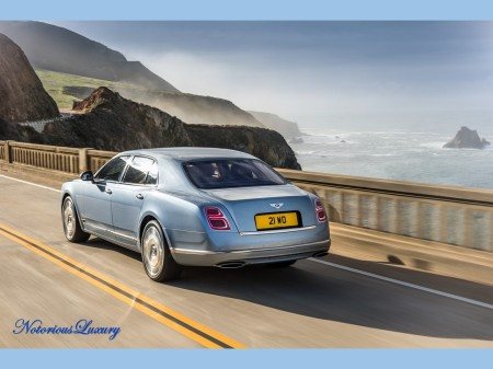 bentley-mulsanne-saloon-2