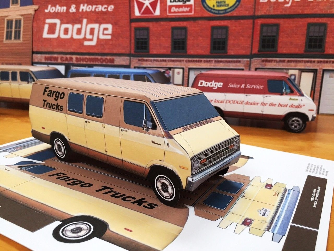 papercraft-fargo-dodge-tradesman-maxivan-1971-1972