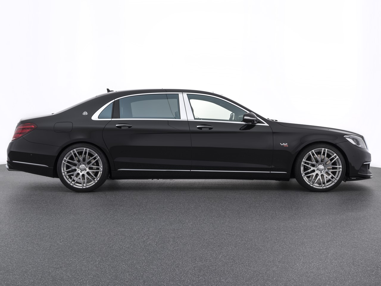the uber athletic brabus rocket 900 6 3 v12 saloon how to