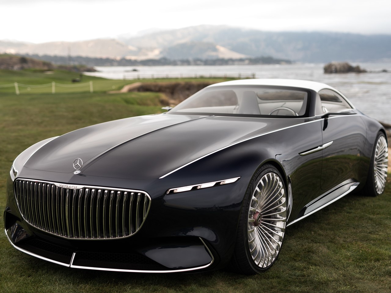 """Mercedes Maybach 6 Cabriolet Top Luxury Car: The Vision Mercedes-Maybach 6 Cabriolet Is """"The Next"""